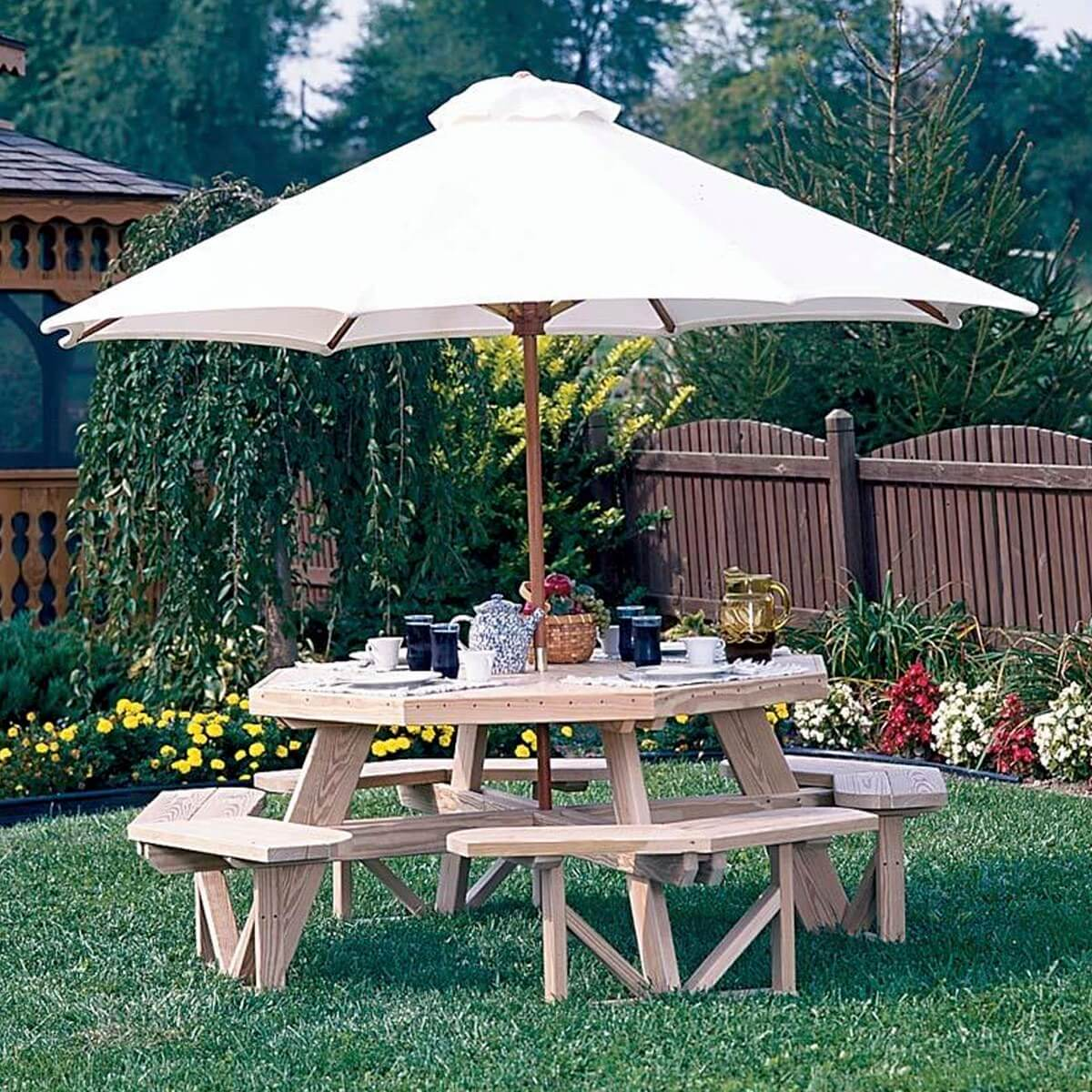 Luxcraft Wood Octagon Picnic Table 183 Hostetler S Furniture